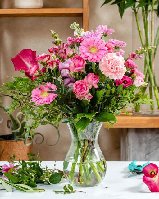 Laimīgi rozā - florista fantāzija