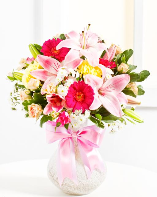 Pārsteigums - pušķis rozā toņos