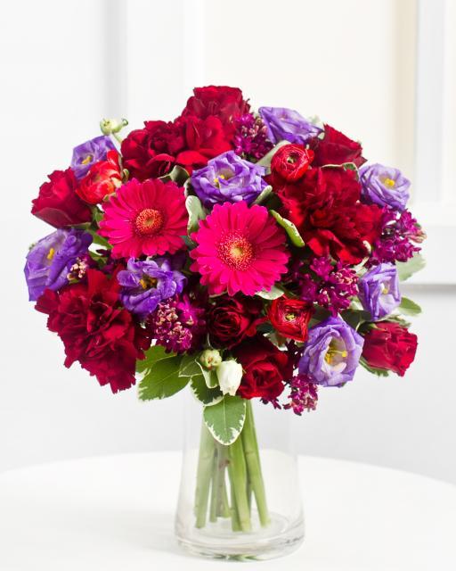 Romantisks pušķis violetos toņos